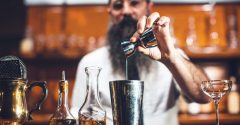 Want to Land up in the Coolest Bartending Job Ever? Follow these 2 Tips.